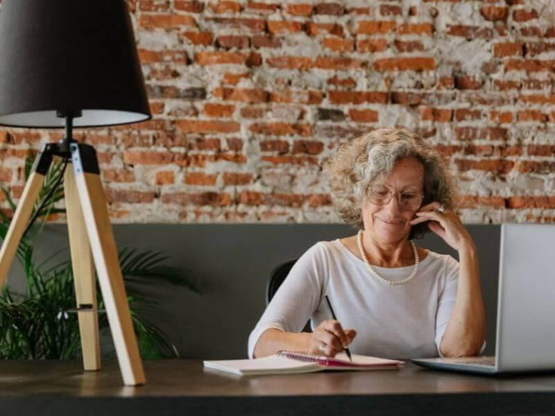 ネット利用増加の高齢者!購入してもらえるこんな工夫