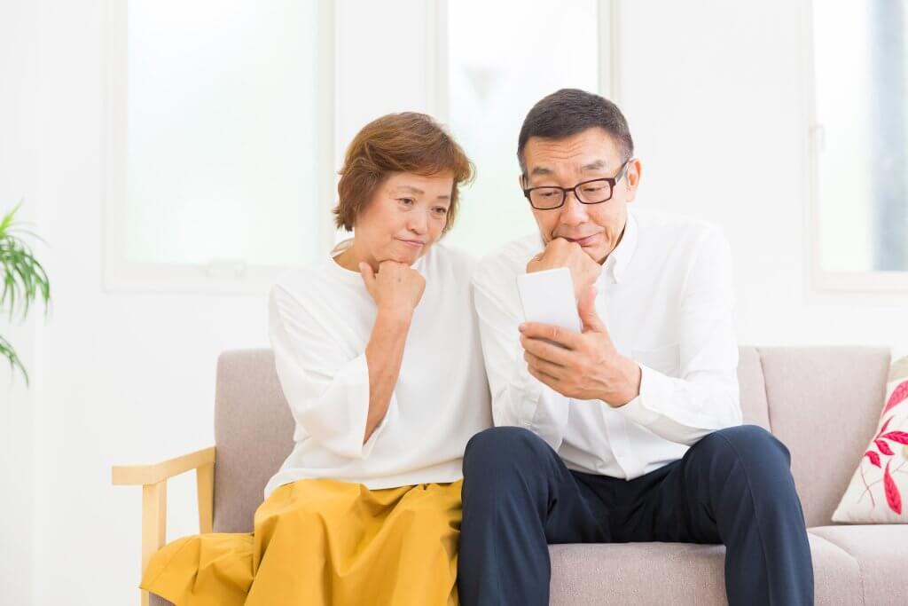 急増する高齢者のEC使用率の波に乗れるジャンルは?事例やクレーム対策のポイントも